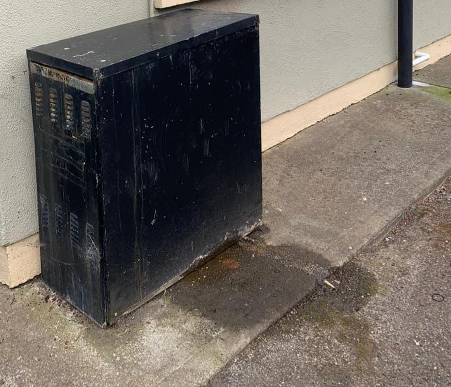 Outdoor Oil Boiler Before Replacement in Ashbourne Meath